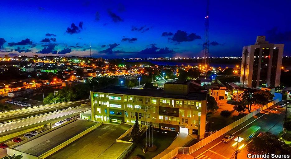 Cosern substitui 36 mil lâmpadas ineficientes por LED em 26 prédios públicos do Rio Grande do Norte