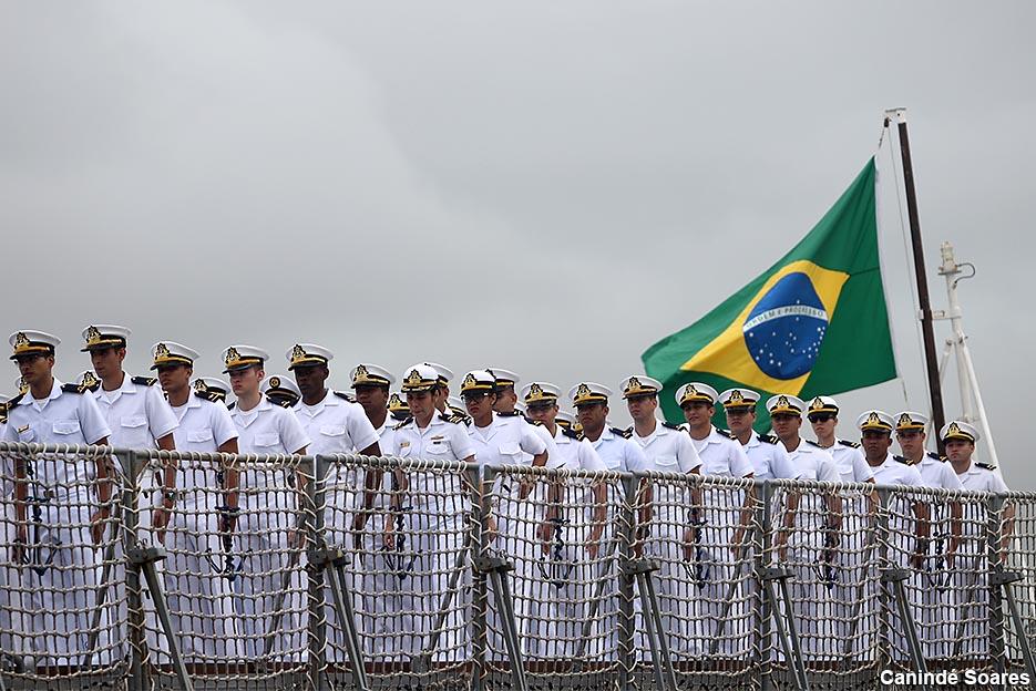 Comando do 3º Distrito Naval abre processos seletivos para Oficiais temporários