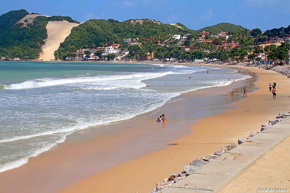 Praia de Ponta Negra, neste domingo, 07 de março por volta das 15 horas.